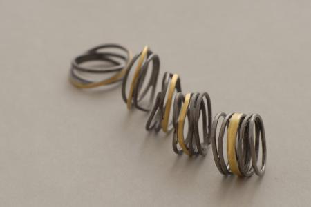 χειροποίητα δίχρωμα δαχτυλίδια από ασήμι