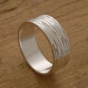 Aνδρικό ασημένιο δαχτυλίδι με γραμμώσεις BEa32