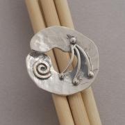 Χειροποίητο μοντέρνο ασημόχρυσο δαχτυλίδι με χρυσή σπείρα D1144