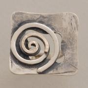 Τετράγωνο ασημόχρυσο δαχτυλίδι με χρυσή και ασημένια σπείρα D1512
