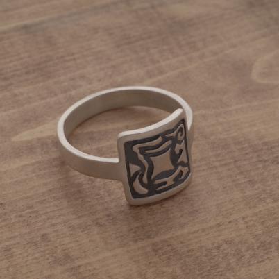 Aνδρικό δαχτυλίδι από ασήμι ματ και οξειδωμένο, DA39