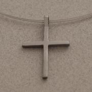 Χειροποίητος μίνιμαλ unisex σταυρός, από ασήμι επιροδιωμένο, με ντίζα ST652m