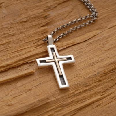 Χειροποίητος μίνιμαλ ασημόχρυσος σταυρός, σε ασημένια αλυσίδα ST599